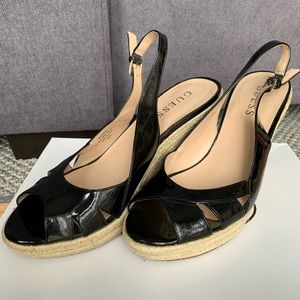 Black patent leather wedge Guess shoes